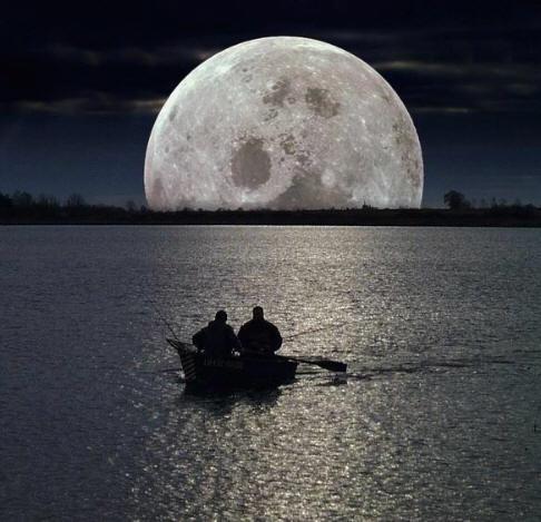 enorme-luna