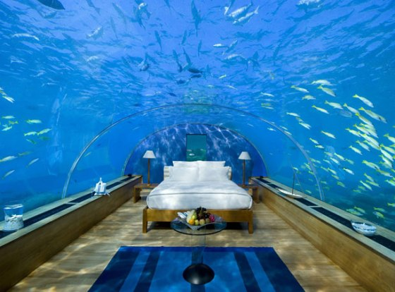 underwater-bed-maldives-1