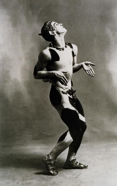 115_Nijinsky como fauno_1912