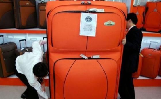 maleta-gigante-630x535-650x400